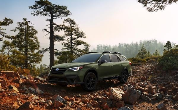 picture of the new 2020 subaru outback onyx