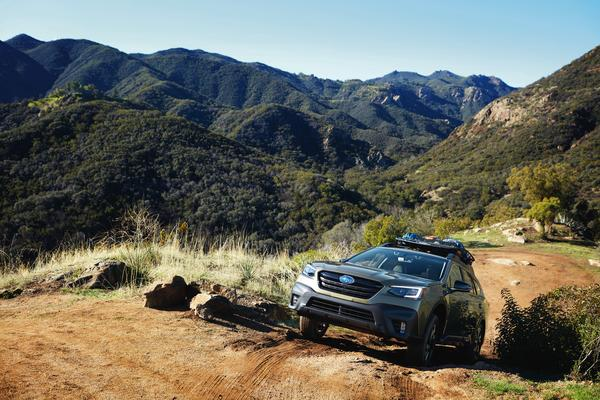 2020 outback climbing a mountain trail