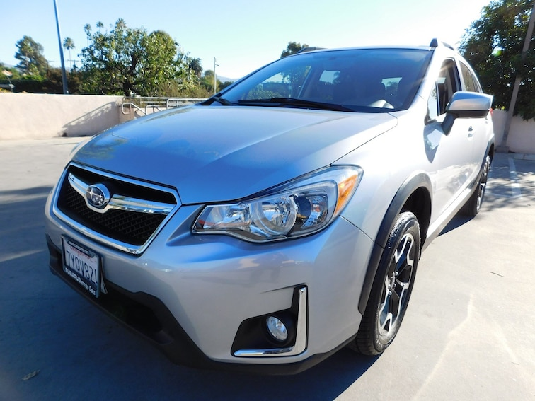 Certified Used 2017 Subaru Crosstrek 2.0i Premium SUV 900532A-S Van Nuys California