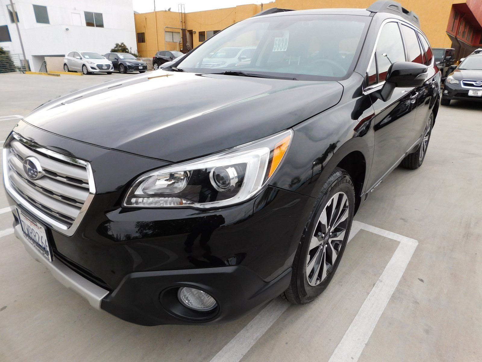 2017 Subaru Outback 2.5i Limited with SUV 901606A-S