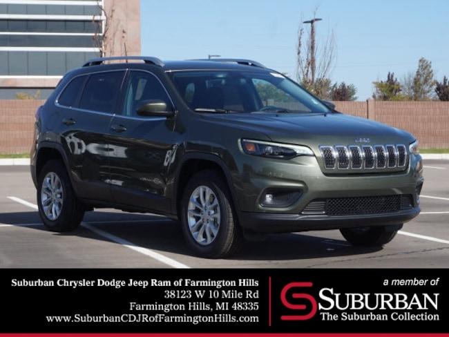 New 2019 Jeep Cherokee LATITUDE 4X4 Sport Utility in Farmington Hills, MI