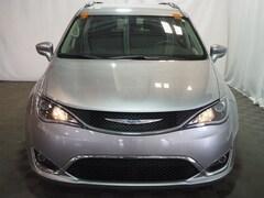 2017 Chrysler Pacifica Touring L Plus Minivan/Van farmington hills mi