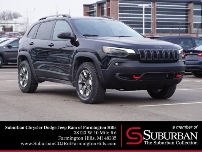 New 2019 Jeep Cherokee TRAILHAWK 4X4 Sport Utility in Farmington Hills, MI
