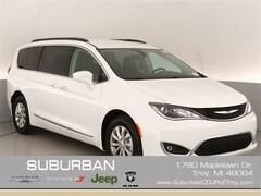 2019 Chrysler Pacifica TOURING PLUS Passenger Van troy mi