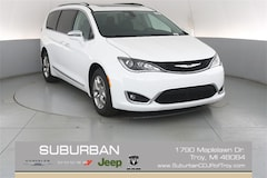 2018 Chrysler Pacifica LIMITED Passenger Van troy mi
