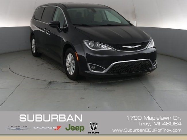 2018 Chrysler Pacifica Touring Plus Minivan/Van