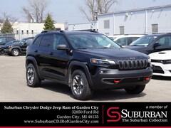 2019 Jeep Cherokee TRAILHAWK 4X4 Sport Utility in Garden City, MI