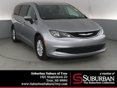 Used 2017 Chrysler Pacifica Touring Van S3435A Troy, MI