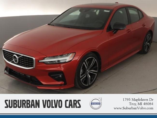 New 2019 Volvo S60 T6 R-Design Sedan in Troy, MI