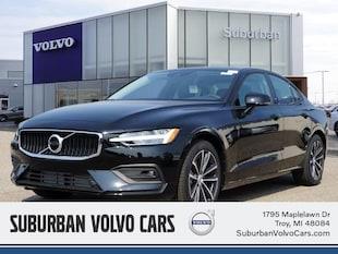 2021 Volvo S60 T6 Momentum Sedan