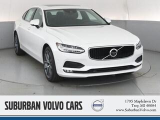 New 2019 Volvo S90 T6 Momentum Sedan Troy, MI