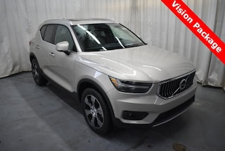 New 2019 Volvo XC40 T5 Inscription SUV YV4162UL1K2094378 for Sale in Champaign, IL