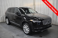 New 2019 Volvo XC90 T6 Inscription SUV YV4A22PL5K1473235 for Sale in Champaign, IL