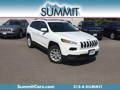 New 2018 Jeep Cherokee Latitude Plus 4x4 SUV for Sale in Oneida