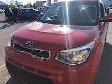 2014 Kia Soul ! Sedan
