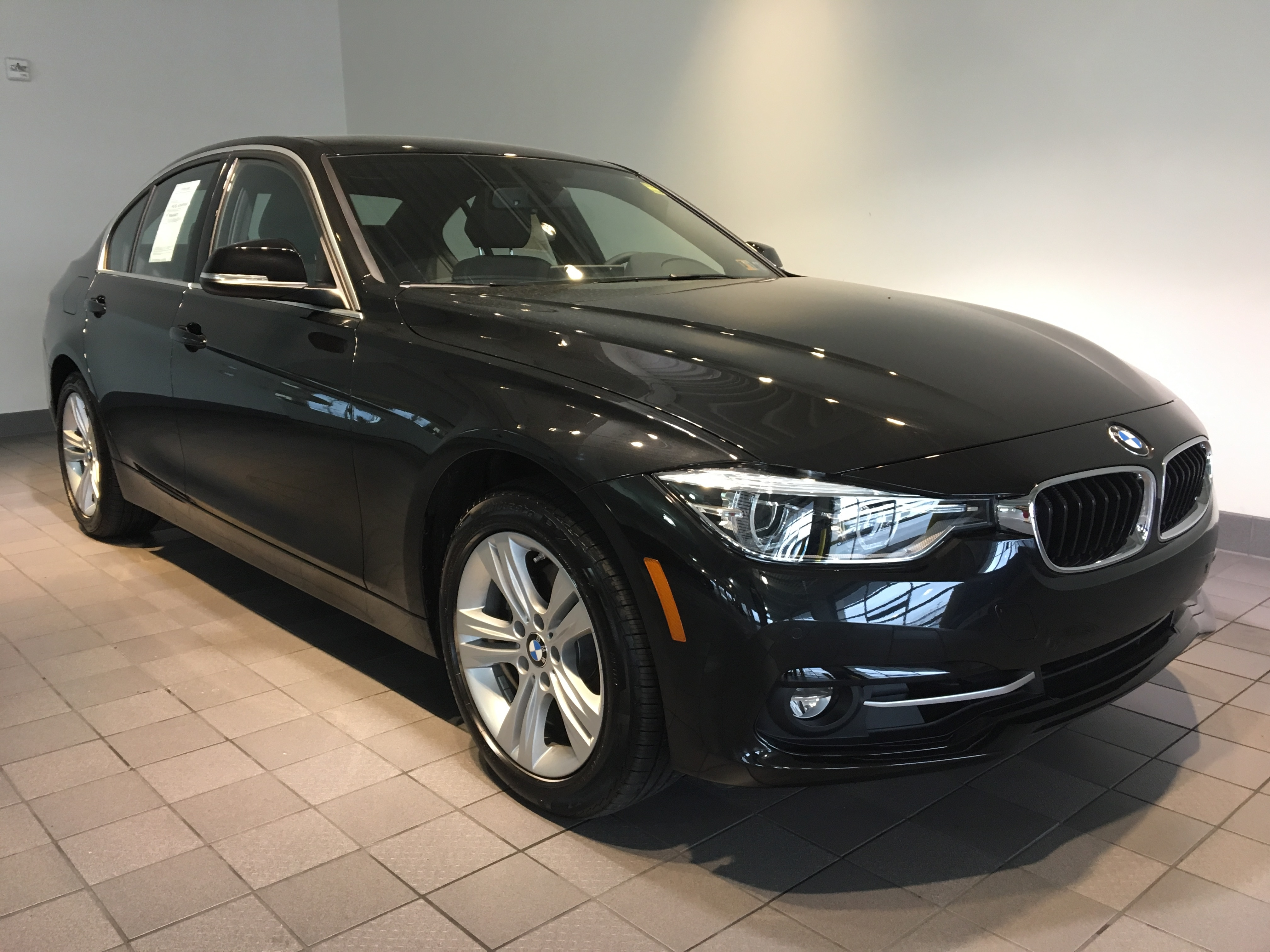 cincinnati of owned north bmw pre and new previous lease used next cars