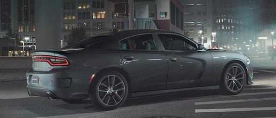 Dodge Charger 392 Hemi >> 2018 Dodge Charger Engine Options 3 6l Penstar Vs 5 7l