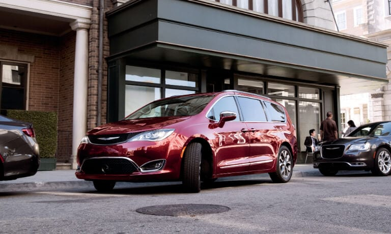 2019 Chrysler Pacifica pulling way from curb