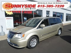 2011 Chrysler Town & Country Touring Minivan