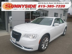 2019 Chrysler 300 Touring-L AWD Sedan