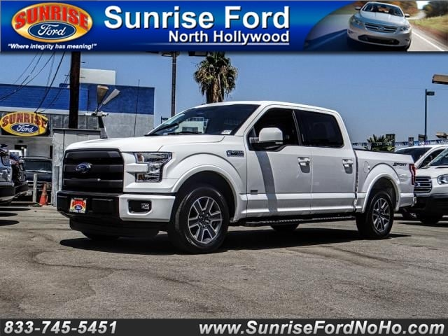 2015 Ford F-150 2WD Supercrew 145 Lariat truck