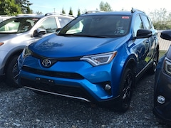 2018 Toyota RAV4 Hybrid SE SUV