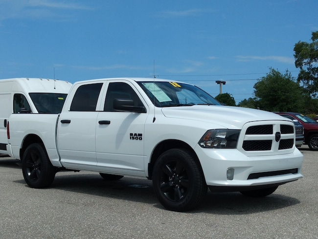 Certified pre-owned 2018 Ram 1500 Express Truck Crew Cab in Sarasota