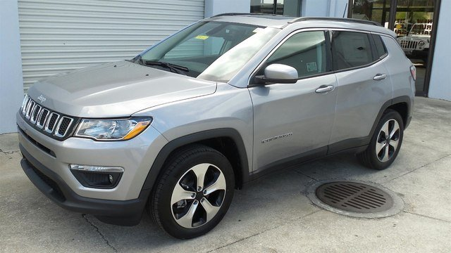2018 Jeep Compass LATITUDE FWD Sport Utility for sale in Sarasota, FL