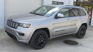 New 2019 Jeep Grand Cherokee ALTITUDE 4X2 Sport Utility in Sarasota, FL