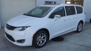 New 2019 Chrysler Pacifica LIMITED Passenger Van in Sarasota, FL