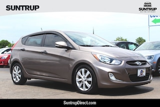 2013 Hyundai Accent SE Hatchback in St. Louis, MO