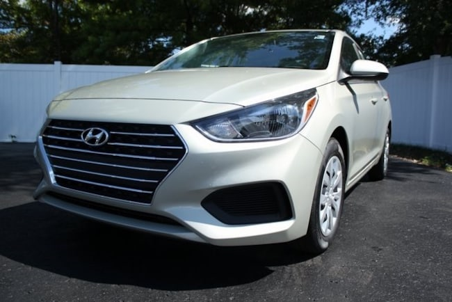 New 2020 Hyundai Accent SE Sedan in St. Louis, MO