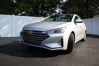 New 2020 Hyundai Elantra SE Sedan in St. Louis, MO
