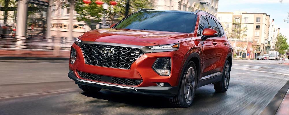 2019 Hyundai Santa Fe Driving in City