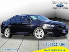 new 2018 Ford Taurus SEL Sedan 1FAHP2E85JG102109 St Louis MO