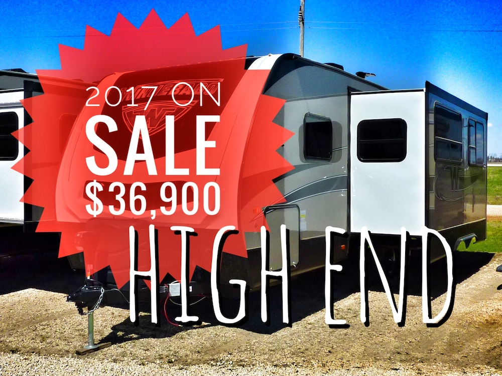 2017 WINNEBAGO Minnie Plus 26RBSS -