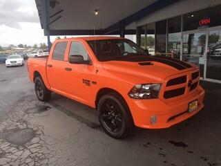 New 2019 Ram 1500 Classic EXPRESS CREW CAB 4X4 5'7 BOX Crew Cab 1C6RR7KT9KS621166 in Susanville, near Reno