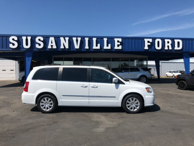 Used 2014 Chrysler Town & Country Touring Wagon For Sale Redding, CA