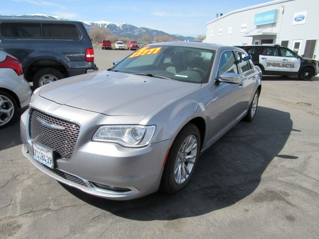 2016 Chrysler 300 C Base Sedan