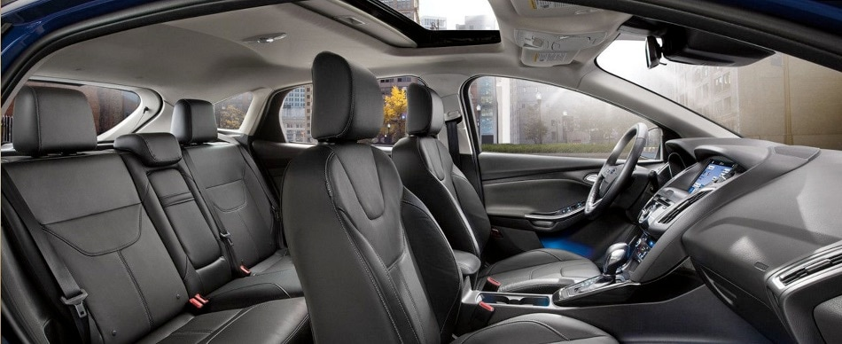 2017 ford focus sedan interior