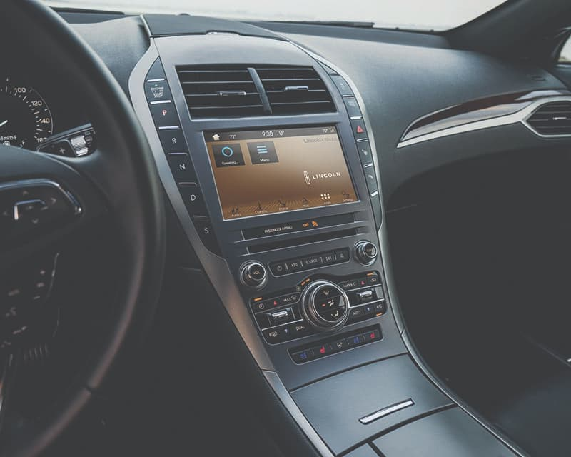 2019 Lincoln MKZ Interior Technology Panel