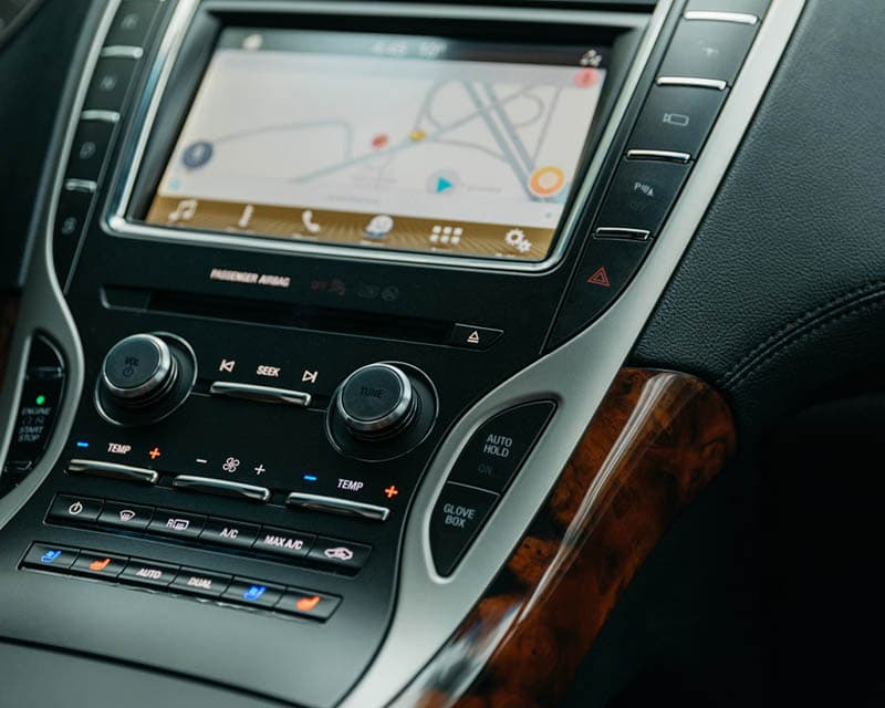 2019 Lincoln Nautilus Interior Technology Panel