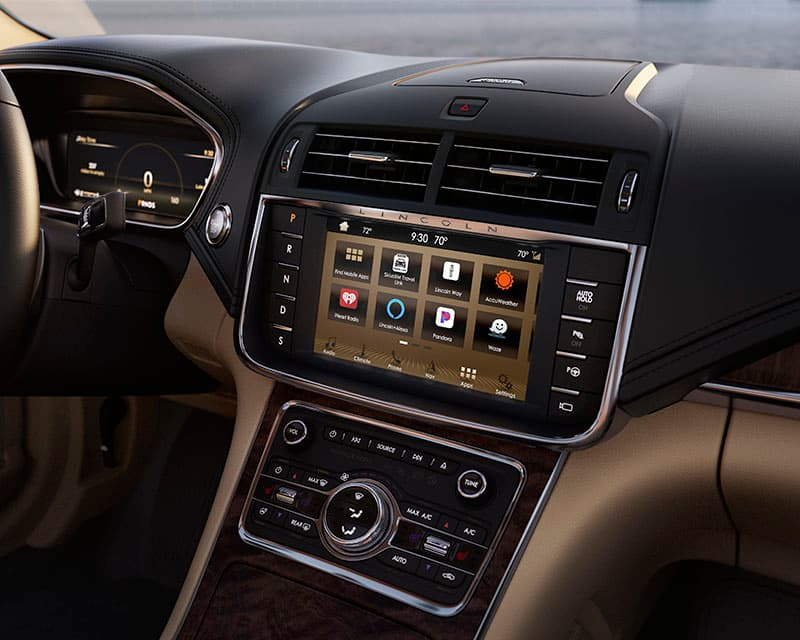 2019 Lincoln Continental Interior Technology Panel