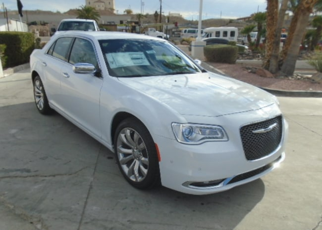 New 2019 Chrysler 300 LIMITED Sedan Lake Havasu City
