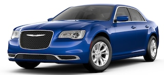 New 2019 Chrysler 300 TOURING Sedan Bullhead City