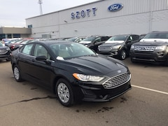 New 2019 Ford Fusion S Sedan 3FA6P0G70KR131639 in Holly, MI