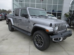 New 2020 Jeep Gladiator OVERLAND 4X4 Crew Cab for sale in White Lake, MI