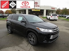 for sale near Troy, MI 2019 Toyota Highlander LE SUV