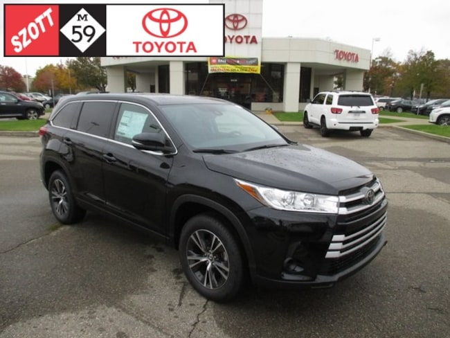New 2019 Toyota Highlander LE SUV in Waterford
