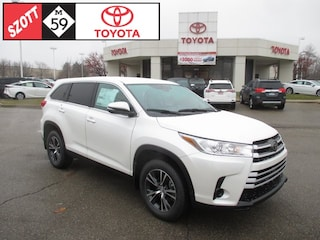 New 2019 Toyota Highlander LE SUV for sale near Detroit